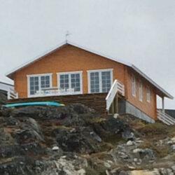 010-Arctic-traehus