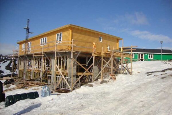 Traehuse-Groenland-005