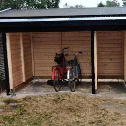 Cykelskur-med-graestag-001